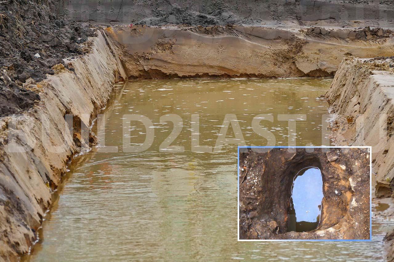 Вода в фундаменте и шурфе грунта