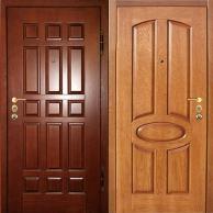 Деревянные двери из массива