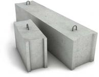 Фундаментные бетонные блоки