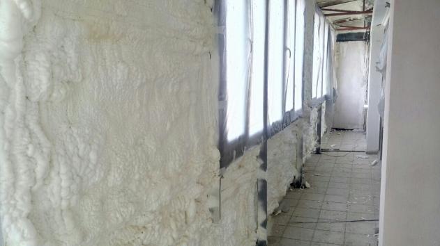 Пена для стен - пенополиуретан